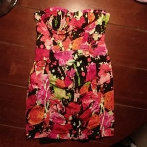 SALE!!! Splashes of Color in Strapless Dress Sz M